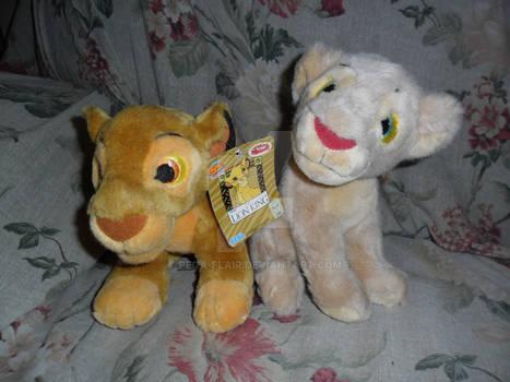 TLK Sega Simba and Nala plush