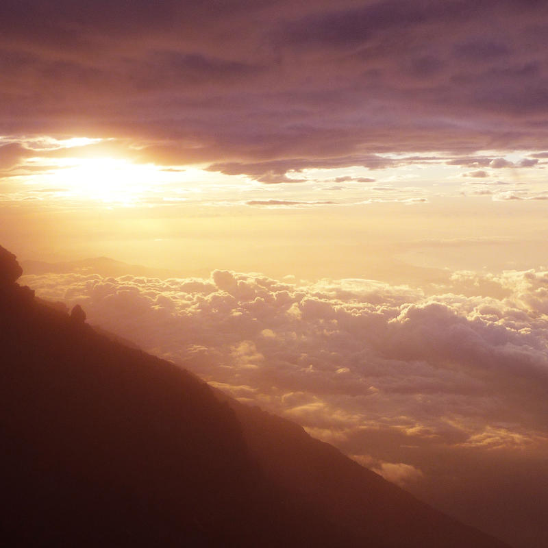 ..Sunrise Above The Clouds.. by koruldia