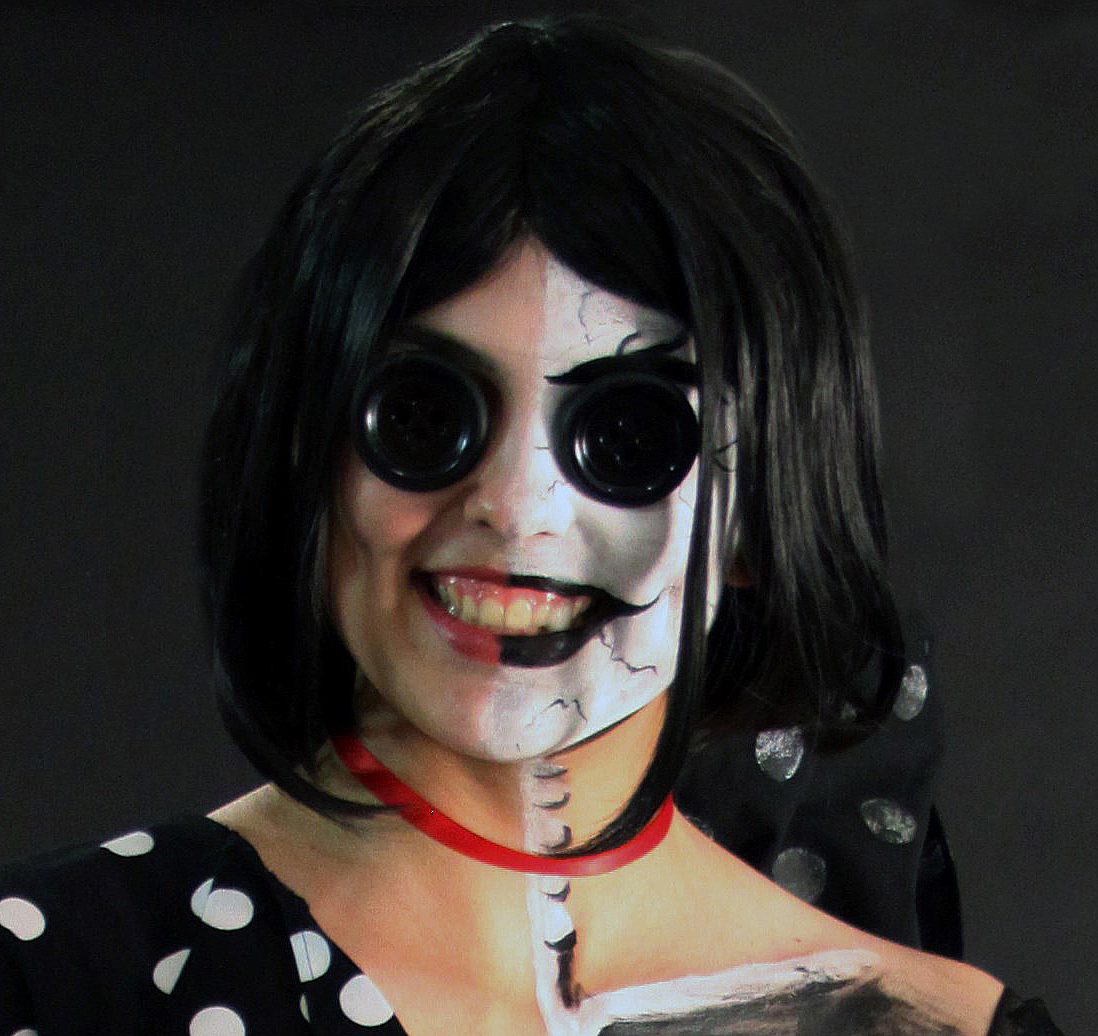 The Other Mother Coraline Makeup Close Up By Raechi Cherie On Deviantart