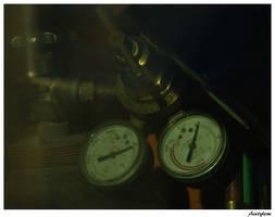 Acetylene Tank by littledubbs