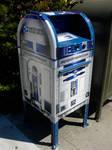 Official R2-D2 Mailbox