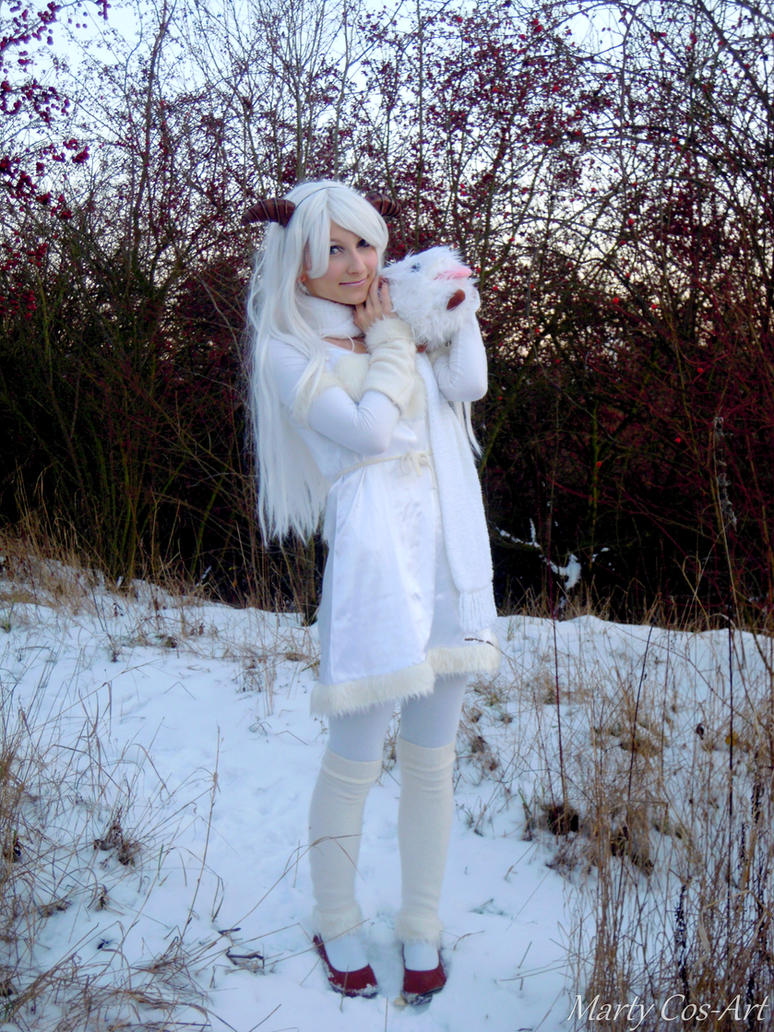 Poro (League of Legends) cosplay by MartyCos-Art