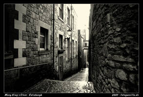 Mary Kings Close Edinburgh by fotoguerilla