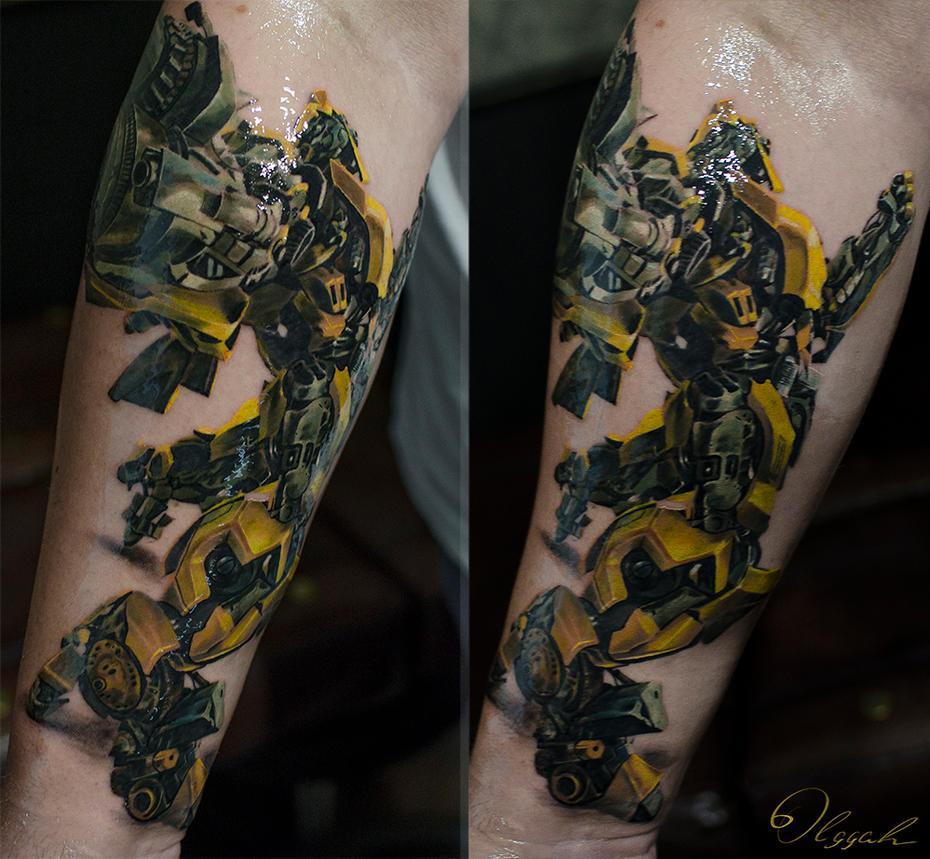 Bumblebee by Olggah