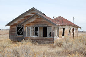 Creepy House 02 by escapist1901