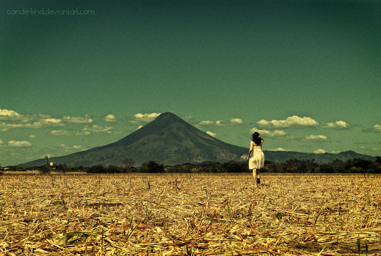 Largo viaje... by cande-knd