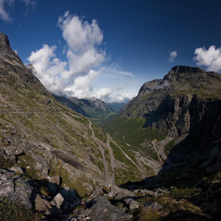 Trollstigen by CalleHoglund