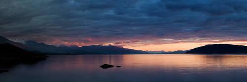 Lavangsfjorden
