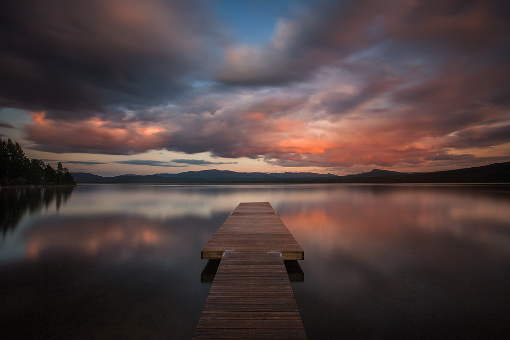 Jetty and the sky by CalleHoglund