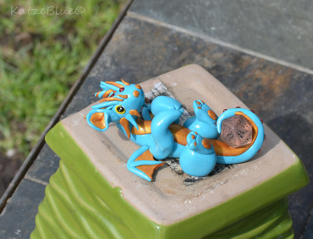 Blue and Gold Dice Dragon by KatzeBlue