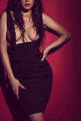 Lady in black by mariannaphotography