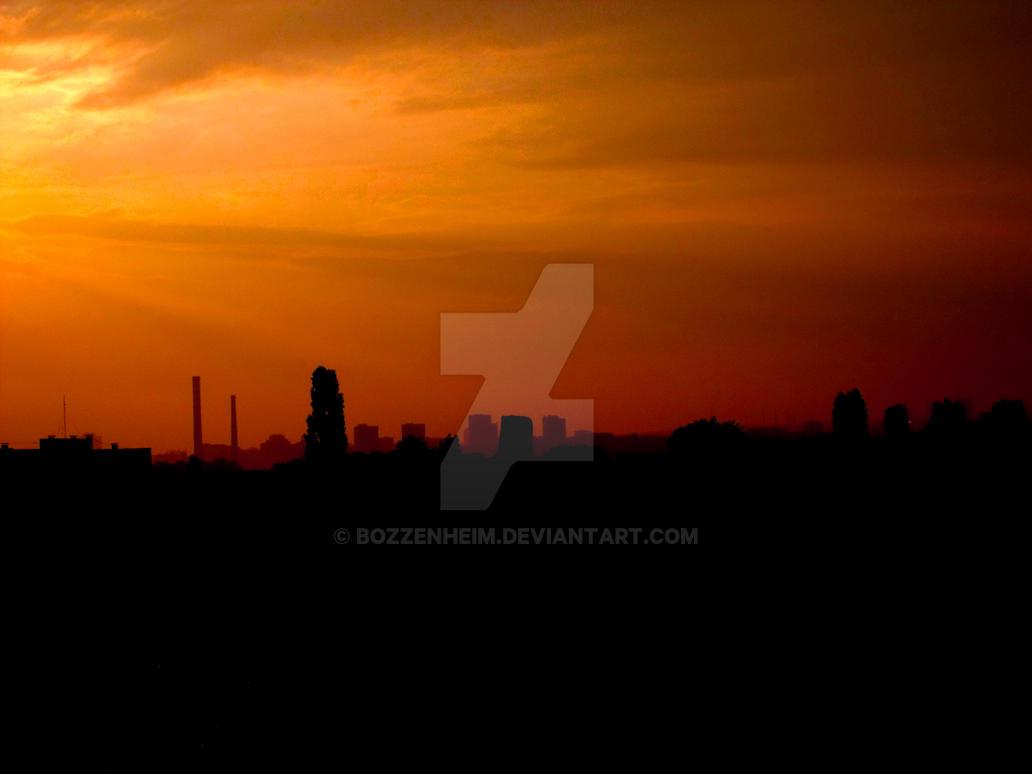 Sunrise over the city by Bozzenheim