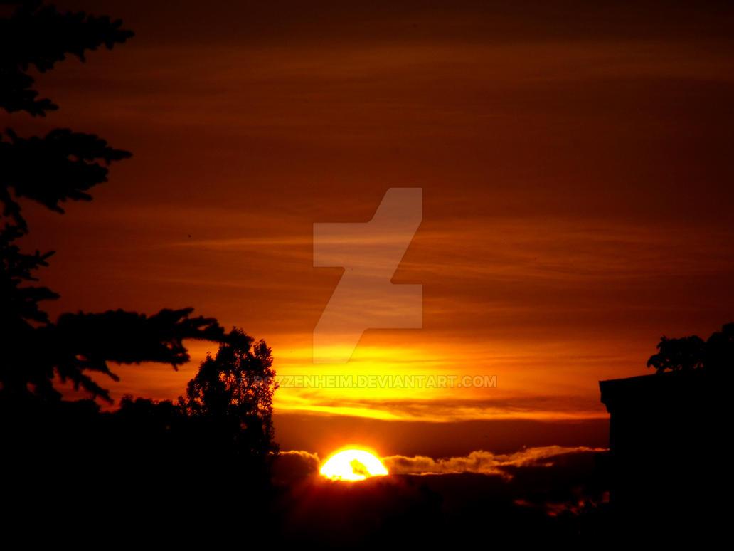 Sunset by Bozzenheim