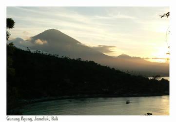 Gunung Agung by Peacefull
