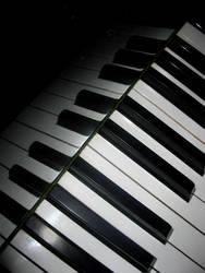 Piano concept by bueyedgirl