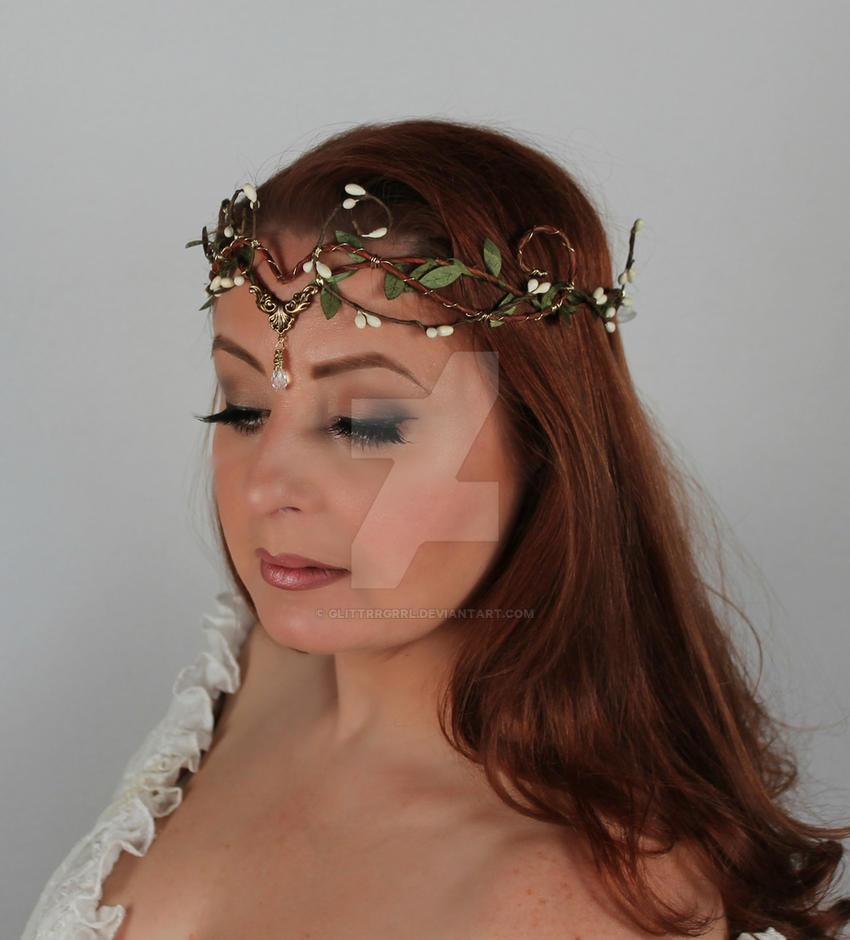 Leaf Headdress by glittrrgrrl