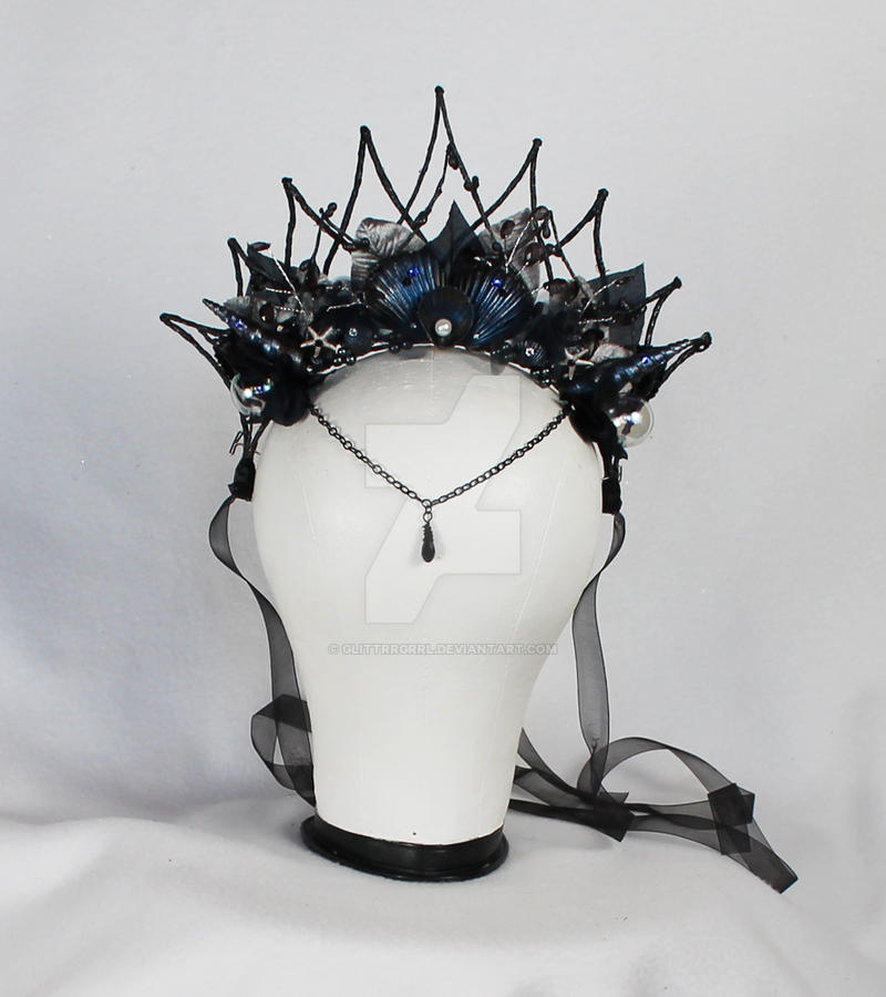 Dark Mermaid Crown by glittrrgrrl