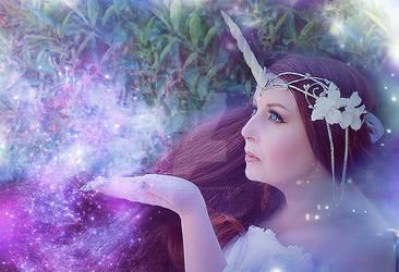 White Unicorn Crown 2