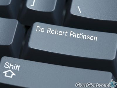 Robert Pattinson by MissyGirl3