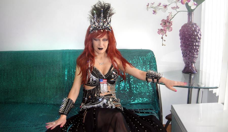 Sofia Metal Queen - emerald serenity by SOFIAMETALQUEEN
