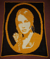 Jen Is Katniss by Shywalker