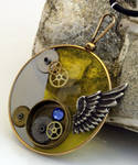 Steampunk optical lens pendant