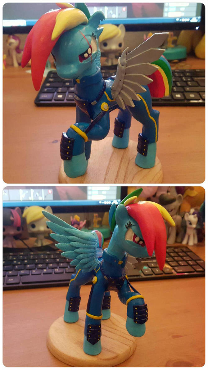 Crystal War Rainbow Dash