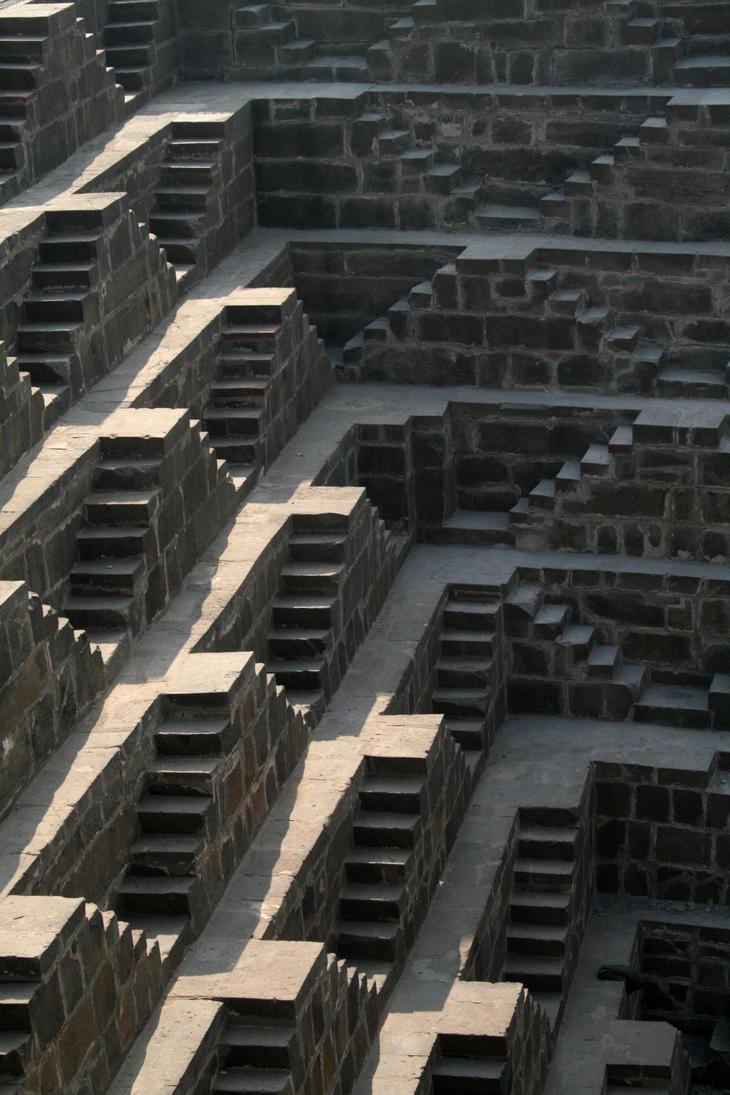 India stepwell by caffinefreek on deviantart for Escaleras infinitas