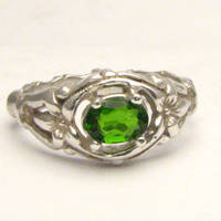 Chrome Diopside Bone Ring by JandSGems