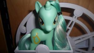 Lyra Heartstrings by MidnightRarity