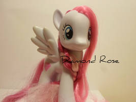 Diamond Rose! by MidnightRarity