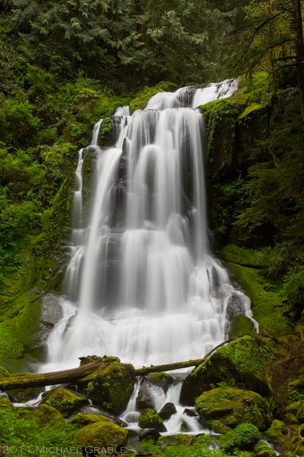 Upper Kentucky Falls-revisit by 11thDimensionPhoto