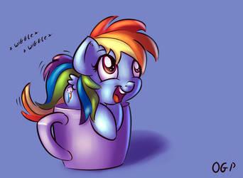 Shrunken Rainbow Dash (ED ATG 2015 Day 4) by OneGutsyPony