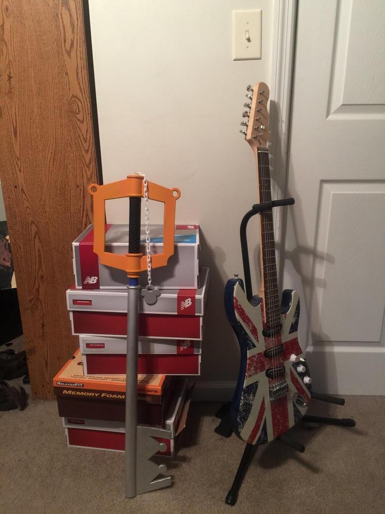 Kingdom Key and Guitar  by strongbad-joe132