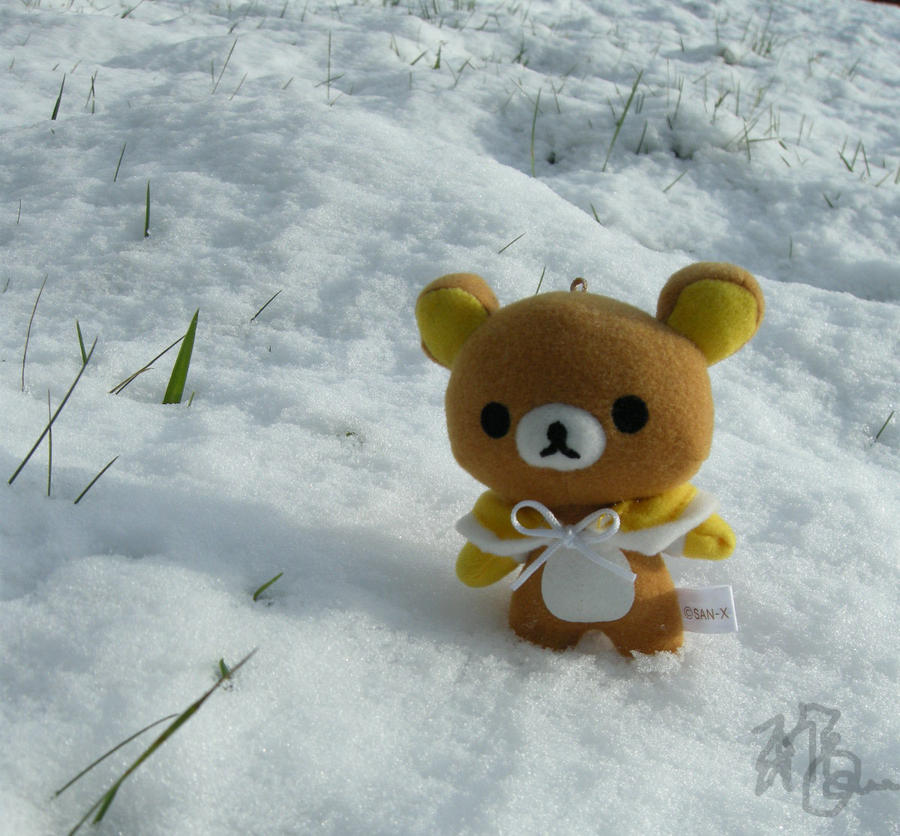 Rilakkuma in the Snow by sinxelegance