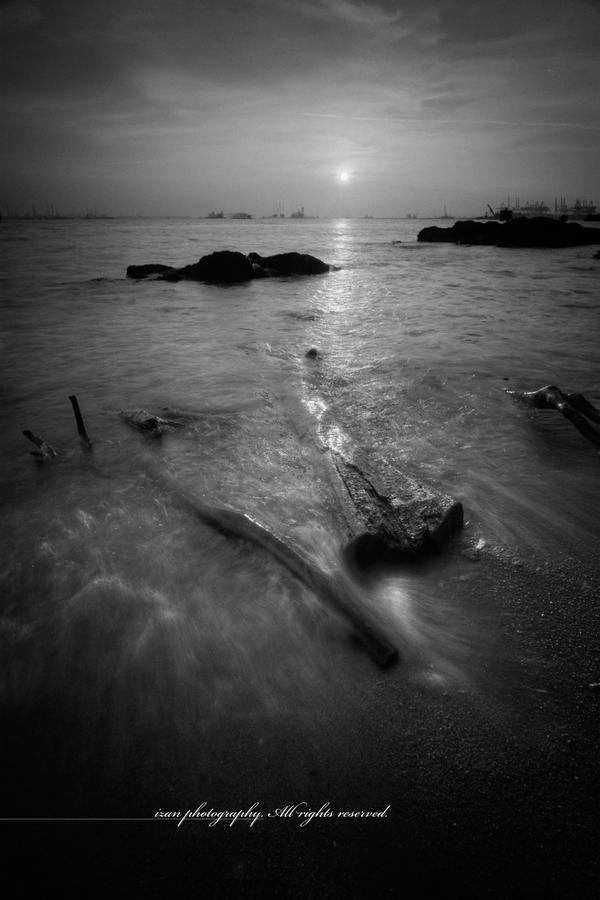 Sunset in Mono by Shooter1970