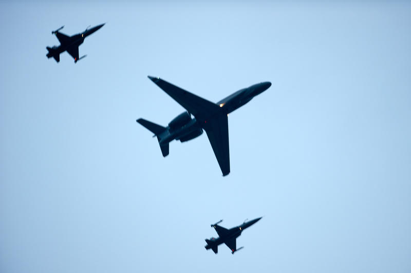 G550-AEW and F5's by Shooter1970