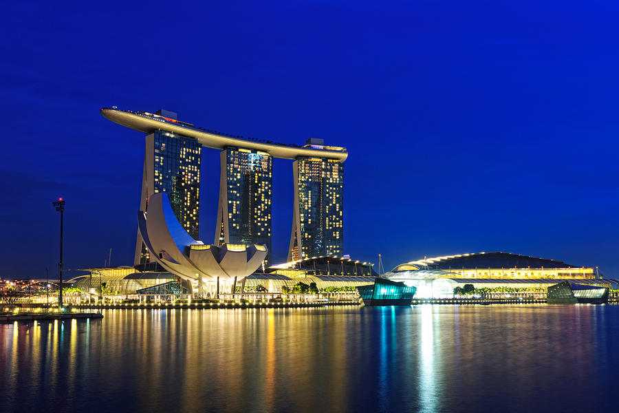 Marina Bay Sands by Shooter1970