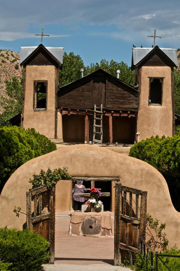 El Santuario de Chimayo by Jazzhead