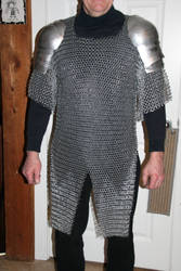 Commissioned Chainmail Armor w/ Shoulders 1 by tBLAIRs