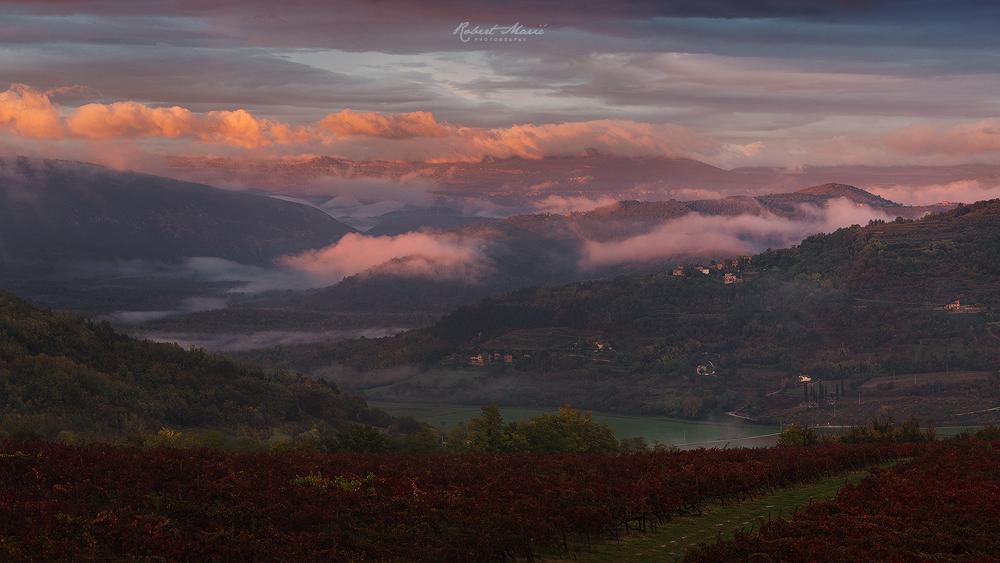 Istrian Autumn by r-maric