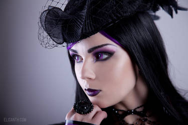 Face the purple by Elisanth