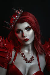 Red Queen by Elisanth