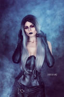 Darkness inside by Elisanth