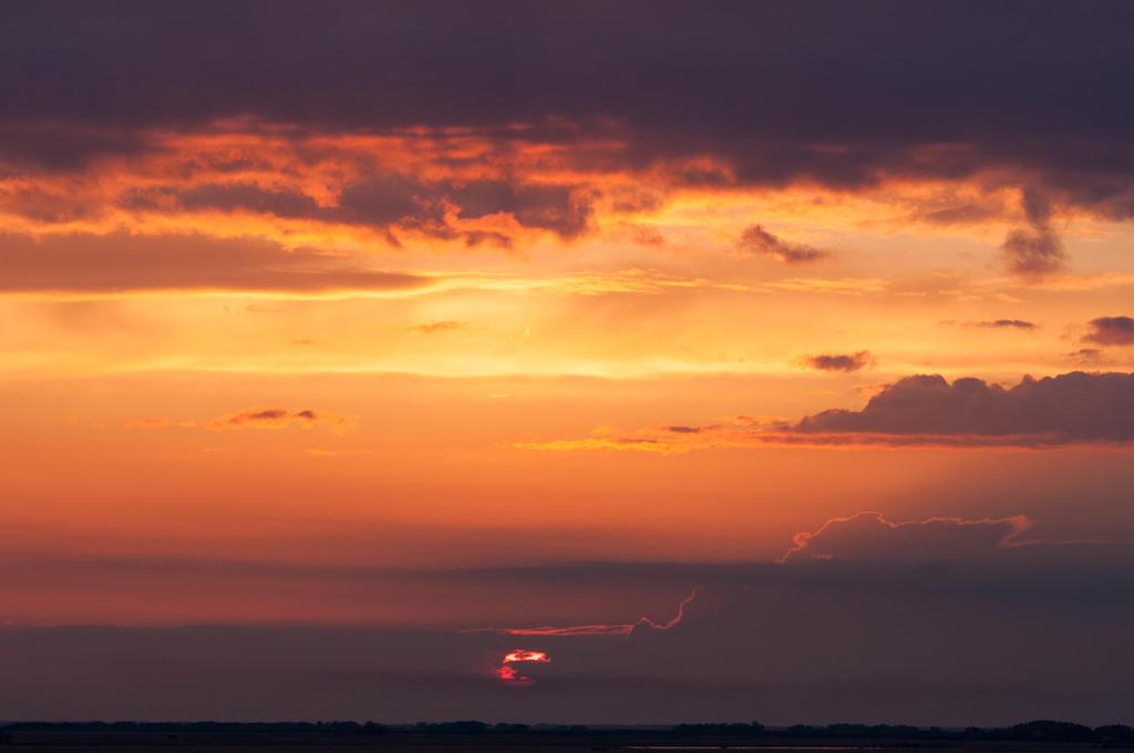 Sunset Sky 5 by DarkBeforeDawn23