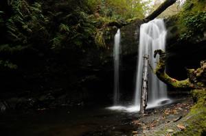 Park Waterfall by DarkBeforeDawn23