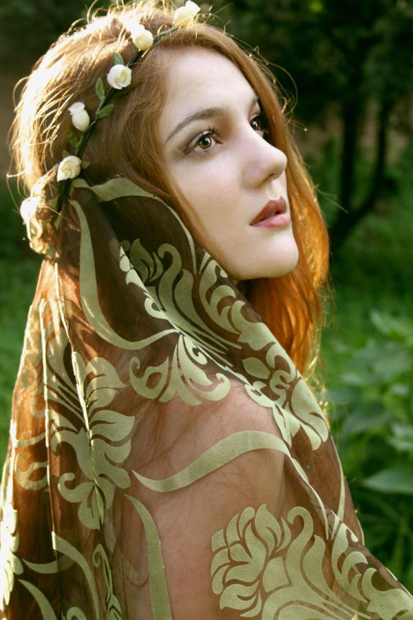 Lady Elne by Amelia-Rose-Wilde