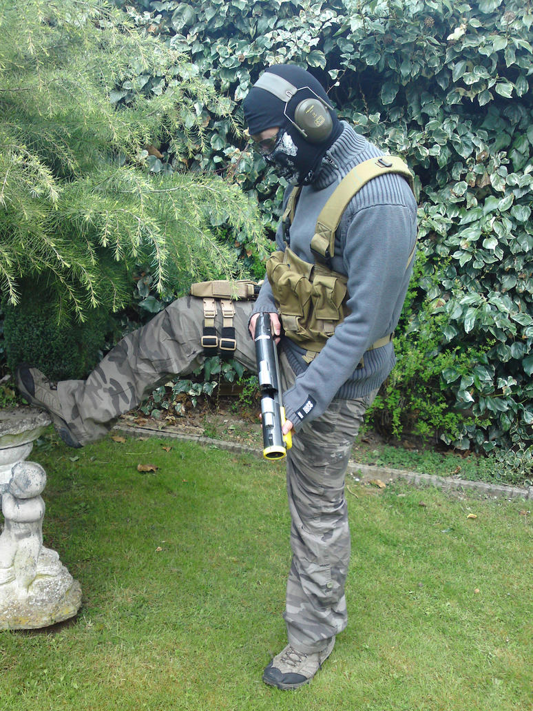 MW2 Ghost Cosplay by hinn888