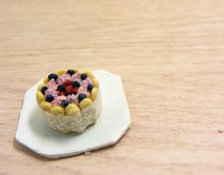 Berry charlotte cake by Nassae
