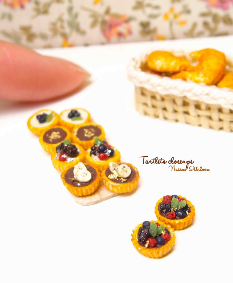 Tartlets closeup by Nassae